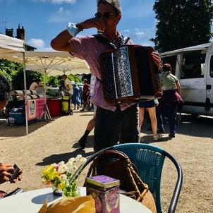 【フランスマルシェの楽しみ方】カフェ&音楽&太陽 *ピレネー山脈のむらより*の画像