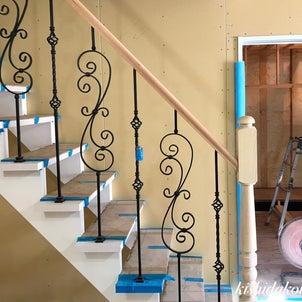 京都市北区プロヴァンスハウス  お洒落な階段手摺り 京都の注文住宅 岸田工務店の画像
