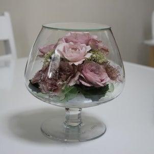 お誕生日やプロポーズのお花を保存できるボトルフラワーの画像