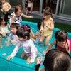 プール遊びの画像
