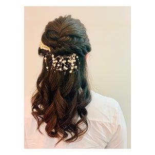 結婚式のヘアセットの画像