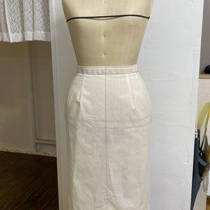 仮縫いのためのスカートトワル作成の画像