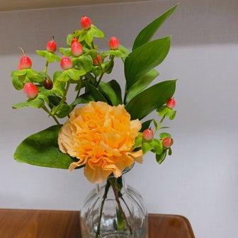 お花の定期便bloomee2回目とさすべぇ