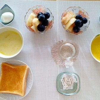 質素な朝ごはん