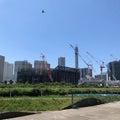 マリノスタウン跡地に世界最大級アリーナ 建設中