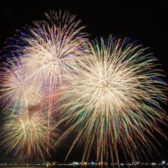 山中湖に花火が上がる(報湖祭 開催)0801