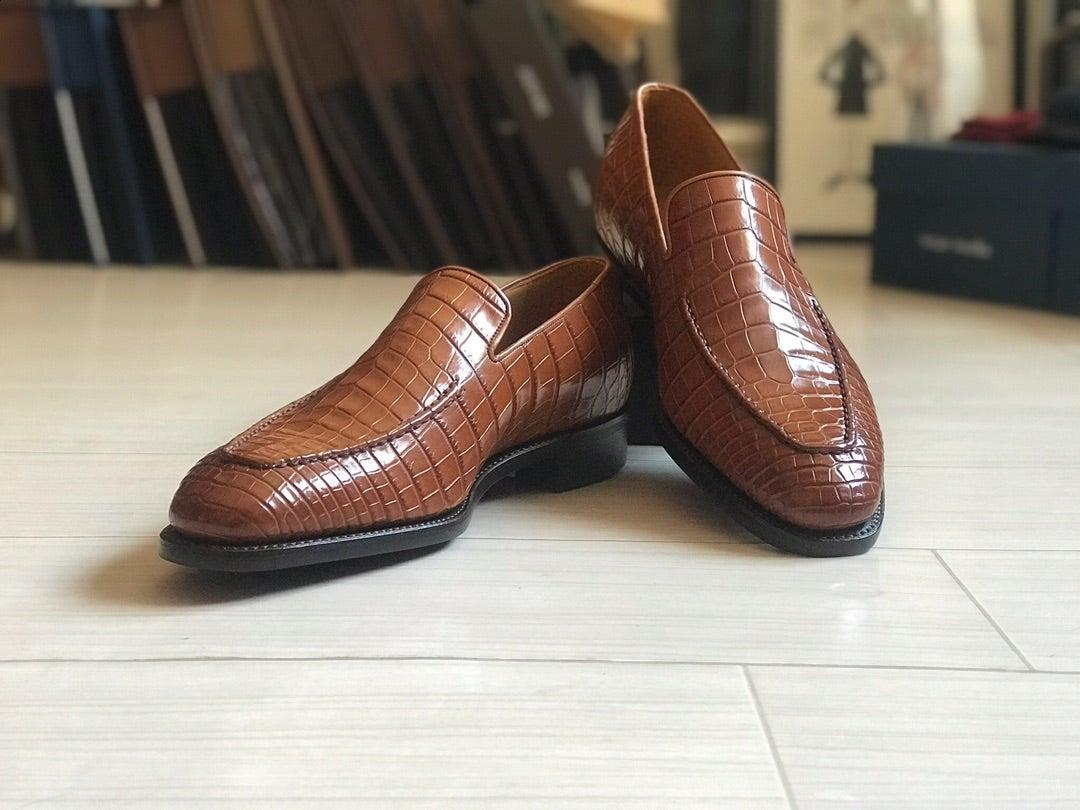 靴好きなら一度はオーダーしてみたいリアルクロコダイル!