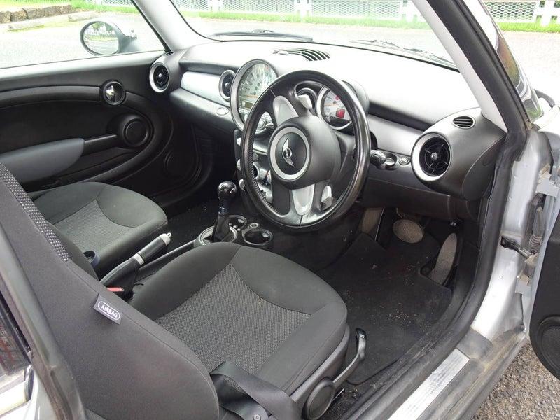 BMW MINI (ミニ) COOPER (クーパー)