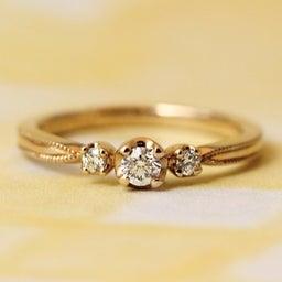 画像 綺麗に重なるパーフェクトセットリング♡結婚指輪をご紹介!【AFFLUX京都雅店】 の記事より 5つ目