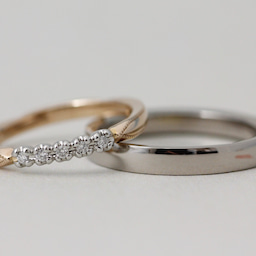 画像 綺麗に重なるパーフェクトセットリング♡結婚指輪をご紹介!【AFFLUX京都雅店】 の記事より 8つ目