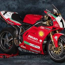 画像 World Superbike 1999 Ducati vs Honda の記事より 1つ目