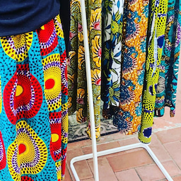 画像 アフリカ布にはまる の記事より 1つ目