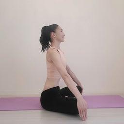 画像 良い姿勢づくりは、やさしく身体にふれることから の記事より 1つ目