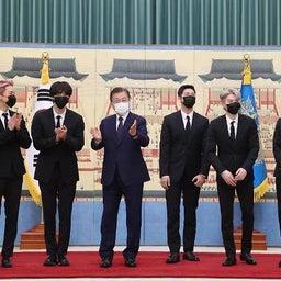 画像 韓国の大統領、BTSのメンバーが偉大な外交官である理由を話す の記事より 5つ目