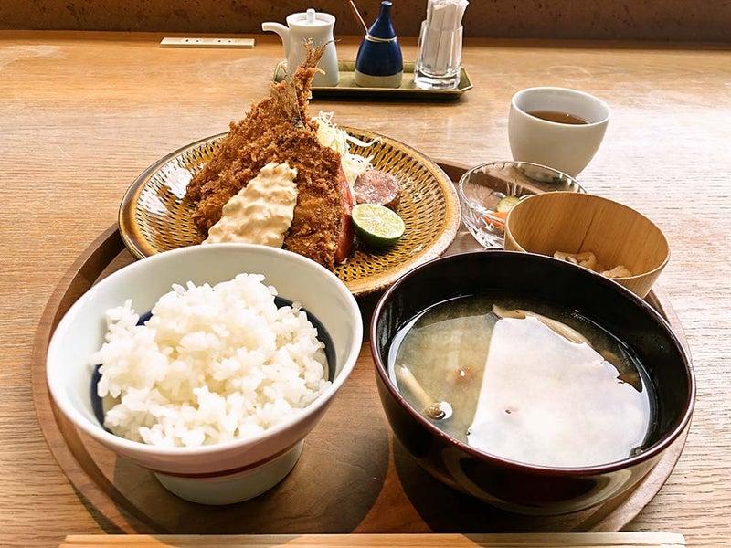渋谷ヒカリエのカフェ d47 食堂