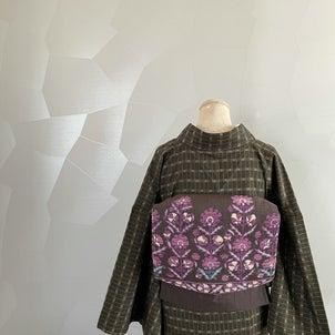 「幻の貝紫」で叶える、 大人の女性をキュートに魅せる名古屋帯の画像