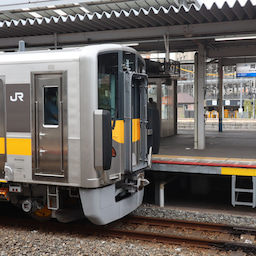 画像 岡山駅でDEC700を観察! の記事より 2つ目