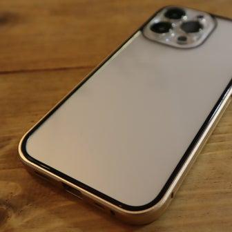 iPhone13 Pro 便利な機能(モバイルSuica)と、スマホケース