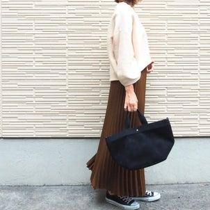 プリーツスカート合わせが可愛かったニット/UNIQLOのありがたすぎるキャンペーン!の画像