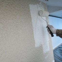 画像 ひたちなか市 外壁塗装屋根塗装G様邸 外壁下塗り塗装 富士塗装店 の記事より 1つ目