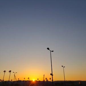 日の入りの画像