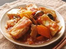 堅とうふのトマト煮