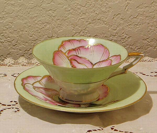 蓮の花のカップ