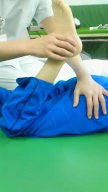 拳闘日記(ペルテス病・闘病日記)/AKIRAの拳に夢を乗せて-膝