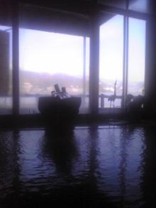 癒し王フジがツルツル美肌になる本物の温泉を紹介!温泉パワーで健康&綺麗に-網7