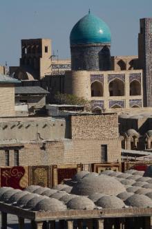 アルク城からカラーンモスクを望む
