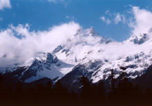 ナシ族の山