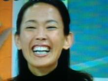 笑いっぱなしの有森裕子サン