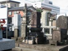 堀口大學の墓