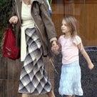 ユマ・サーマン、女優を引退して専業ママにの記事より