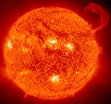 太陽、燃えー。
