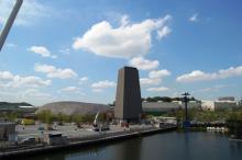 大地の塔と日本館