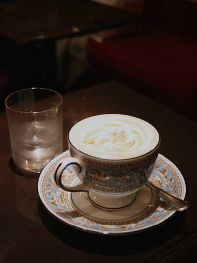 お多福珈琲 ウィンナーコーヒー