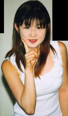 黒髪の小倉優子さん