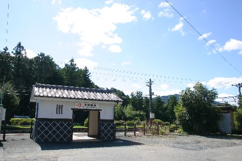 お城部ログ ~お城を攻めるお城部メンバーのブログ~-長篠城駅