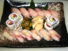 裏まきロール寿司と握り