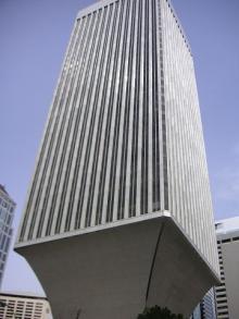 Apr19-079