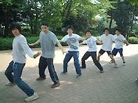 ウォーターガイズ陸ダンス