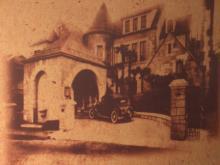 建物裏の壁画