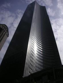 Apr19-077