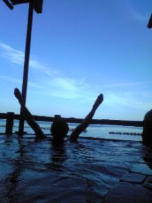 癒し王フジがツルツル美肌になる本物の温泉を紹介!温泉パワーで健康&綺麗に-網12