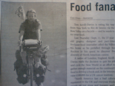 トムが載っていた新聞