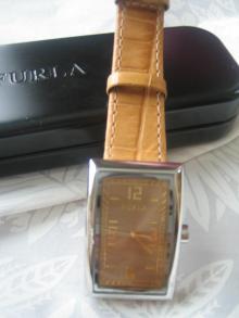 フルラ 時計